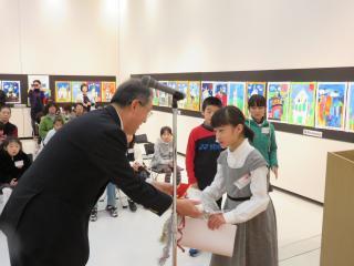 141213長崎世界遺産(候補)絵画展表彰式(高学年)