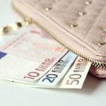 風水で開分を呼ぶ財布の色や形は?中身は分けるべき?サイズ選びまで