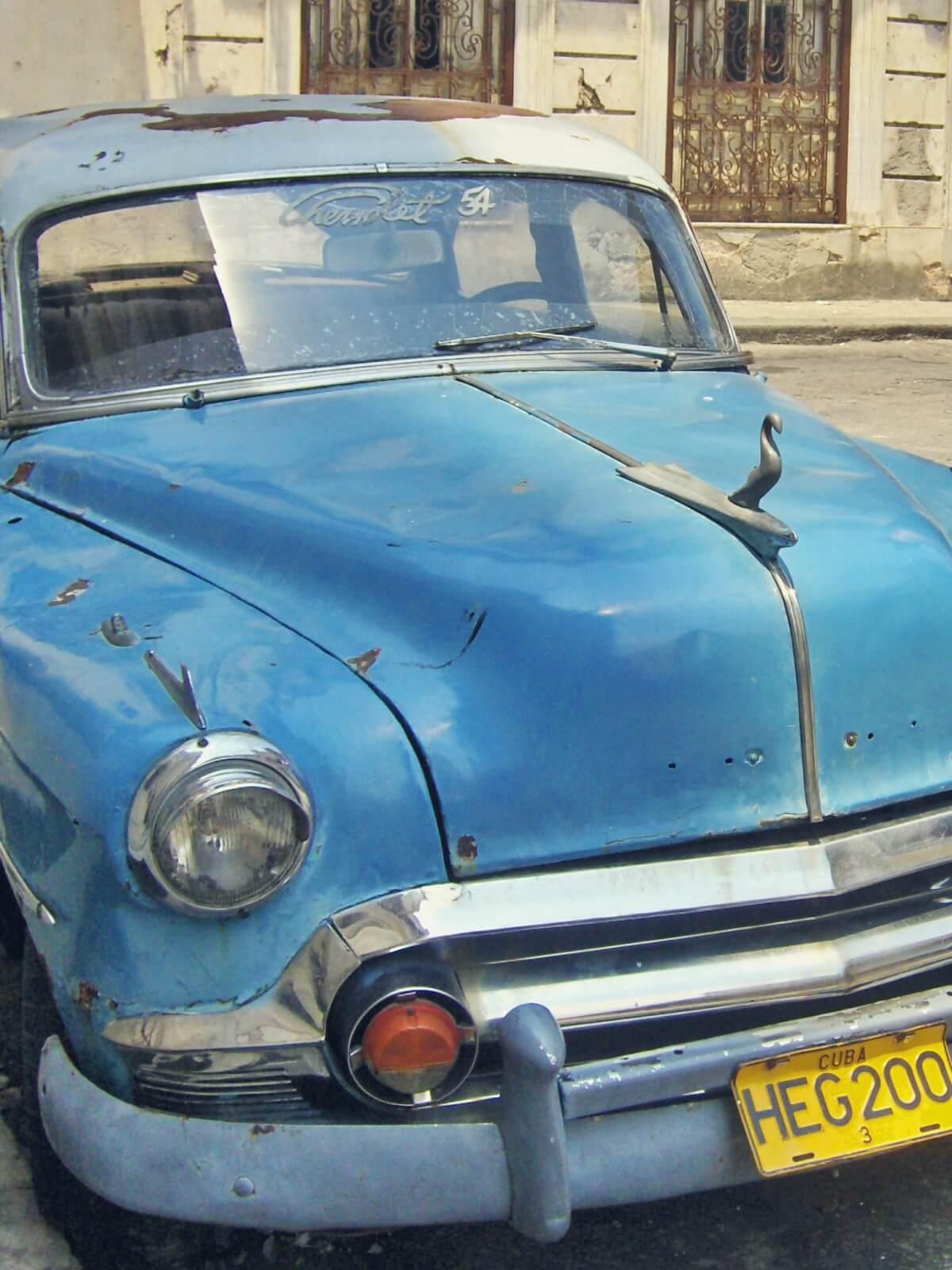 Stare samochody z Hawany na Kubie.