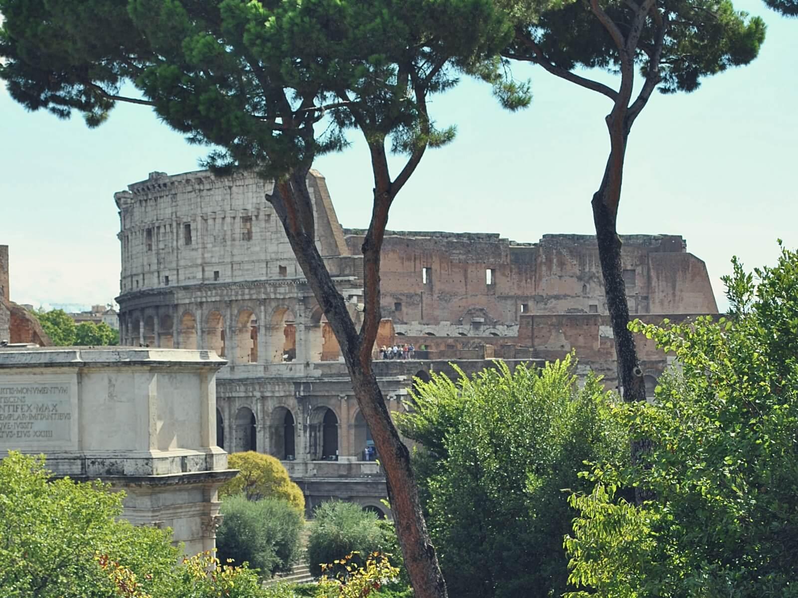 Koloseum w Rzymie, we Włoszech, jeden z Siedmiu Nowych Cudów Świata.
