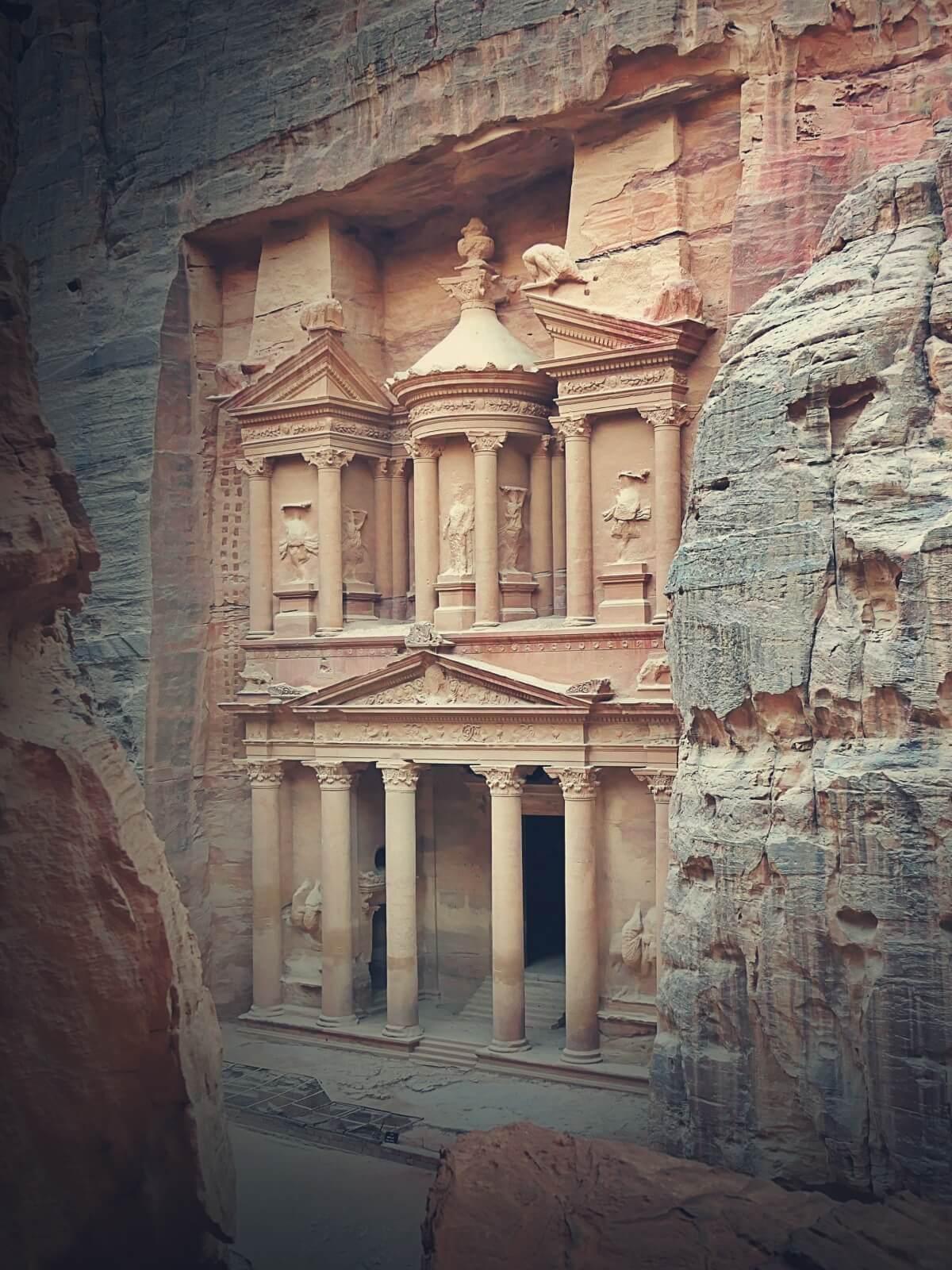 Petra w Jordanii, jeden z Siedmiu Nowych Cudów Świata.
