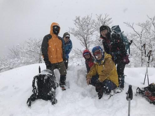 雪の中、記念撮影