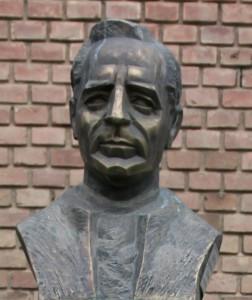 Puskás-Klebelsberg-szobor