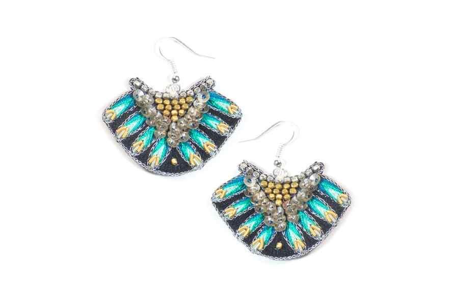 Nidhi ethnic earrings - Green | Photo 2
