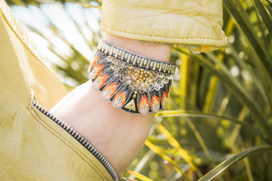 Nita ethnic bracelet - Coral | Photo 1