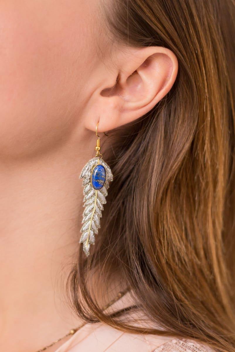 Boucles d'oreilles chic Lorie | Powder | Photo 3