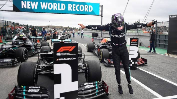 Hamilton Wins Portugese GP, overtakes Schumacher in record 9