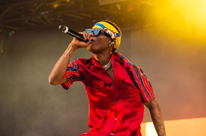 STARBOY FC!!! Wizkid Calls You On Stage To Sing One Of His Songs Without Mixing Words – Which Track Are You Singing?