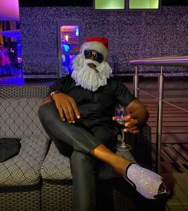 "Joro Olumofin Turns Santa, Smokes And Drinks To Celebrate Christmas ""Zaddy Santa, Verified I can't come and kill myself"""