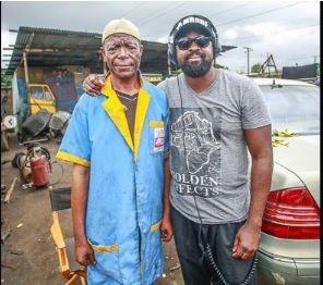 Nigerian actor, Kunle Afolayan is not happy following the sad demise of veteran actor, Samuel Akinpelu aka Alabi Yellow. Actor, Kunle Afolayan has taken to his social media page to mourn veteran actor, Samuel Akinpelu, aka Alabi Yellow.