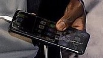 Liverpool attacker Sadio Mane was pictured with a phone that has a cracked screen. Many fans have questioned why Mane who is among the top earners at Liverpool is using that type of phone. Well, others have argued that he's a humble footballer who prefers to spend his money on his philanthropic works rather than luxury lifestyle.