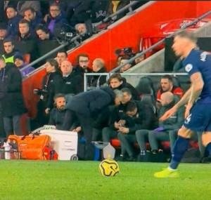 Jose Mourinho Get's a yellow Card For Looking At Southampton's Tactics Sheet Jose Mouinho at it again, got booked by the ref for going over to Southampton's coach' stand and looking at their tactic sheet.