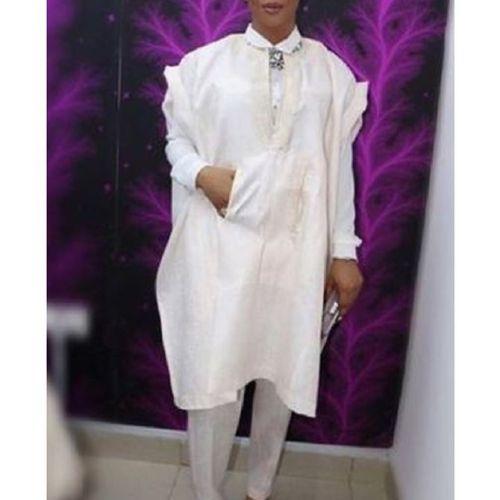 image of Toke Makinwa's nigerian celebrity red carpet fashion -women agbada