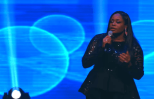 He Reigns - Sinach