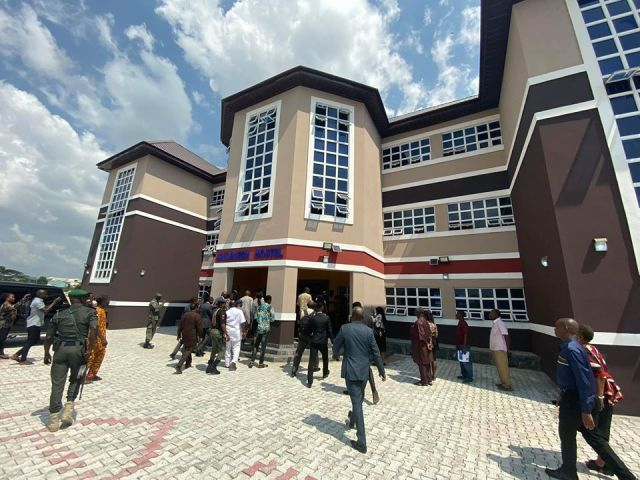 David Ibiyeomie dedicates hostel
