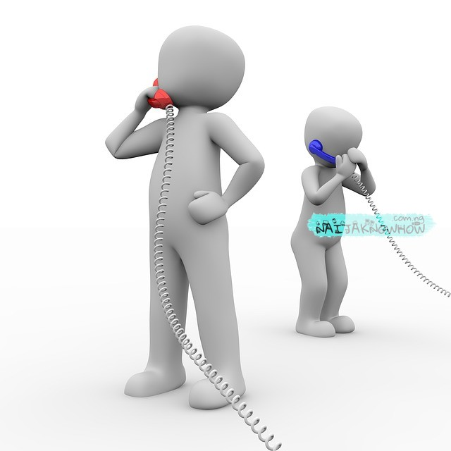 phone-call-by-two-people