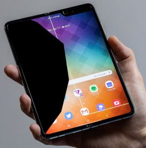 galaxy fold screen problem