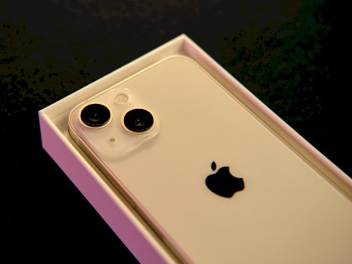 Rear view of the latest iPhone 13