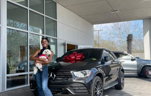 Lady gets Mercedes Benz as gift from parents for getting accepted into medical school