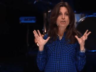 Lisa Bevere Sermon - Grit