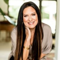 All You Need To Know About Lysa TerKeurst (Biography)