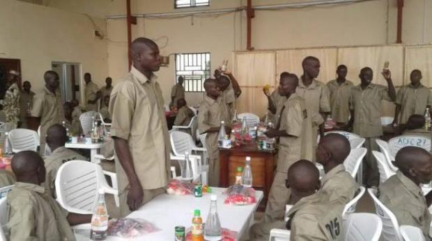 """Soldiers React As 1400 Repentant Boko Haram Suspects Were Set Free"""" – Soldiers Kick"""