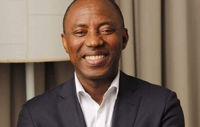 BREAKING!!! Omoyele Sowore Reportedly Shot During A Protest In Abuja (Watch Video)