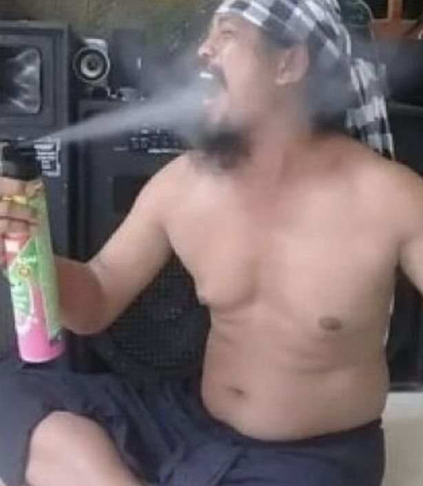 PHOTO! Man Who Went Viral After He Sprayed Insecticide Into His Mouth Dies