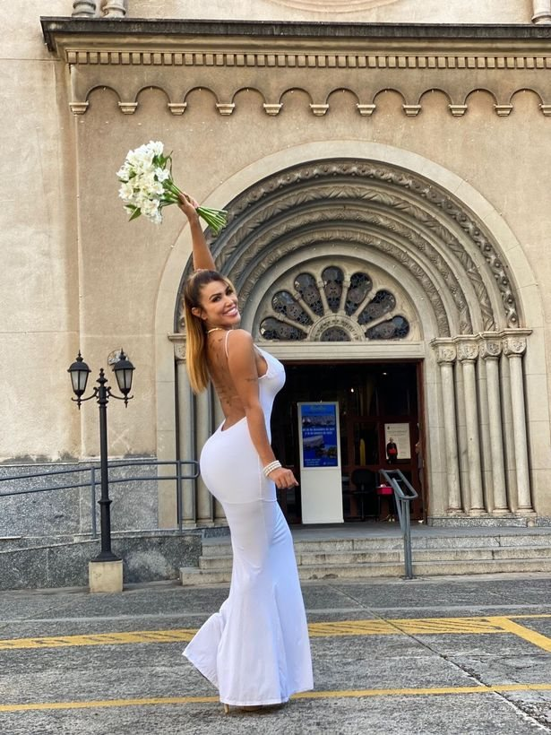 Cris Galera: Model Marries Herself After Giving Up On Men (Photo)