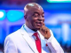 """""""All these matters you plug in your ear will block your way forward"""" Bishop Oyedepo announces as he bans earphones in his congregation"""