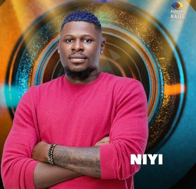 """BBNaija:""""Angel has made more than one advances to me in the shower"""" Niyi exhibits a shock"""