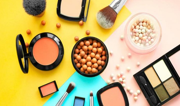 Do Cosmetic Products Expire? Find Out Here