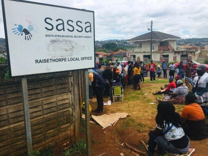 Beneficiaries have been sleeping outside the Sassa office in Raisethorpe, Pietermaritzburg hoping to get a place close to the front of the queue to renew their lapsed disability grants.