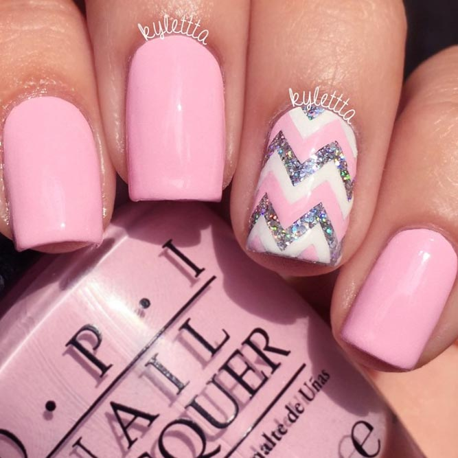 Chevron Nail Designs to Show You Are on the Top picture 2 - 21 Pink Nails Designs To Look Romantic And Girly - Crazyforus