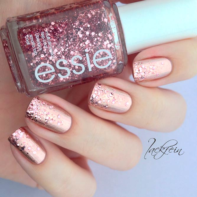 Rose Gold Glitter Nails picture 3