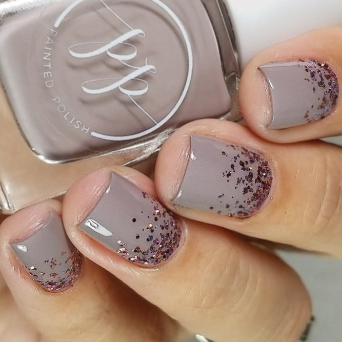 Taupe Nails with Glitter Ombre #shortnails #glitternails #ombrenails #glitterombre