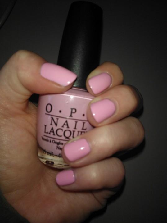 Niki Minaj - OPI Pink Friday, no more acrylic