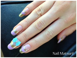 These are the nails I wore at Norways national day, 17th may (so important for you to know.. :3). I think it was a really sweet and adorable look <3