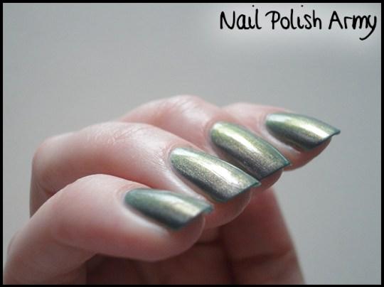 Nubar-indigo-illusion-multichrome-unlayered-4