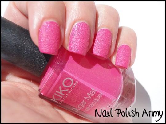 Kiko-sugar-mat-642-fucsia-hot-pink-swatch-liquid-sand effect