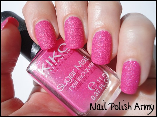 Kiko-sugar-mat-642-fucsia-hot-pink-swatch