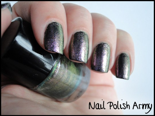 Primark-nail-polish-set-smalti-duochrome-metallic-3