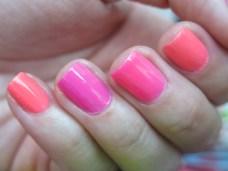 Sunsational, China Glaze, primavera verano, neon, rosa, nails, nail art, nail polish, esmaltes, barniz de uñas, swatches, jelly, jellies, summer, Nail Polish Love - blog mexicano dedicado al nail art