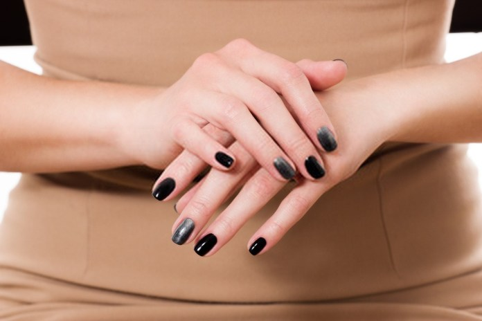 How Are Acrylic Nails Done?