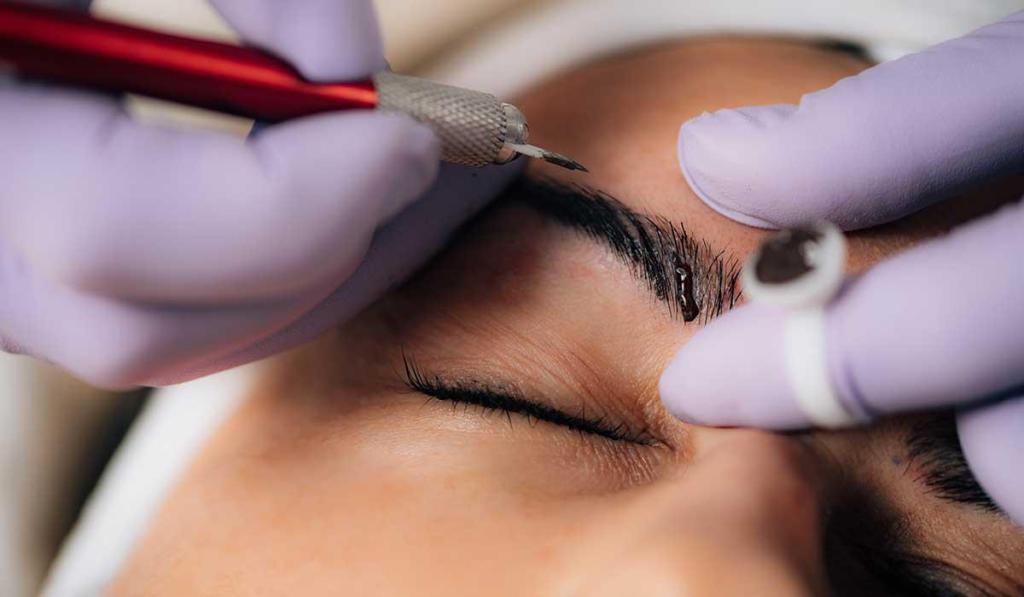 Microblading, la técnica en diseño de cejas que es tendencia