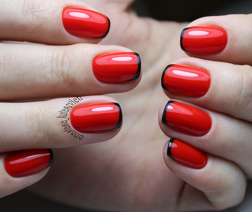 Red French Nails With Black Tips