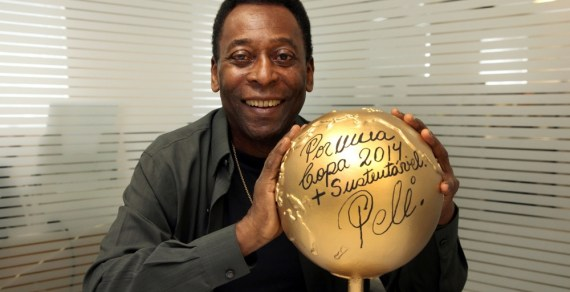 Amazing! Akwa Ibom State Government Asks Brazilian Legend, Pele to Refund $300,000 Paid to Him