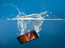4 Easy Way To Revive And Save A Wet Phone