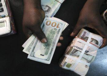 Naira falls sharply across forex markets despite 32% increase in dollar supply