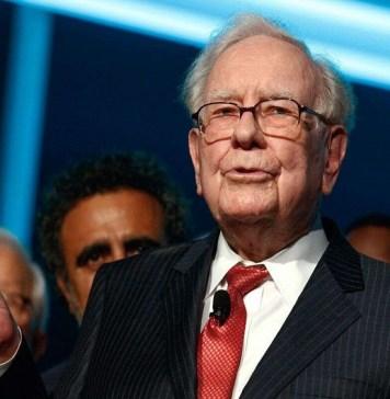 warren-buffett, Young Investors, Here's why Warren Buffet's $4.6mlunch withBitcoin entrepreneuris experiencing delay
